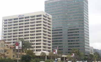 Citibank_and_City_National_Bank_Buildings,_Ventura_&_Sepulveda,_Sherman_Oaks